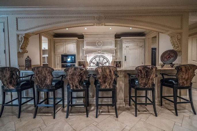 Another indoor kitchen