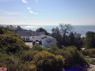 Greg Louganis' Malibu Rental Has a Custom Pool