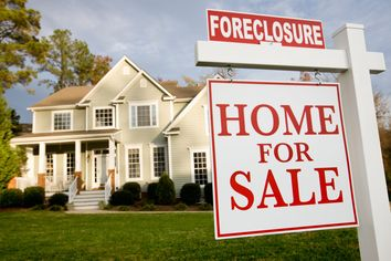 Foreclosures Just Got Way Fancier: How to Score a Deal on a Luxury Home