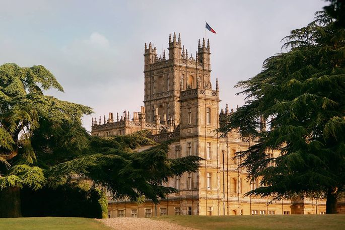 Live like Lord and Lady Grantham for a night.