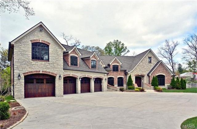 chris-carpenter-mansion-2