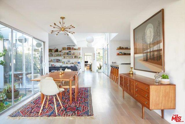 Wide plank oak floors