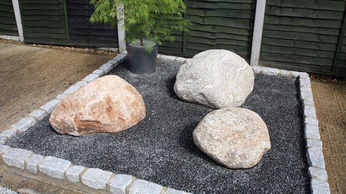 hardscape-boulders