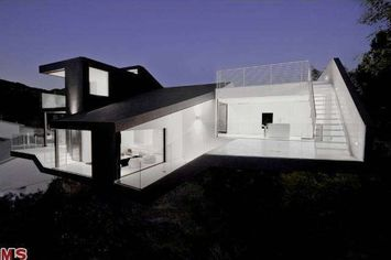 Award-Winning 'Nakahouse' for Sale in Hollywood Hills