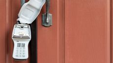 Real Estate Lockbox: Do Home Sellers Really Need One for Safety and Convenience?