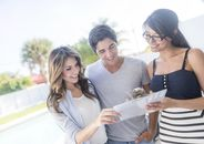 Should I Use My Friend or Family Member as My Realtor?