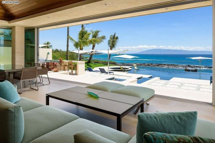 Great room opens to a lanai.
