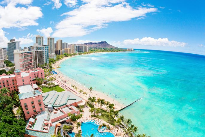 Rental prices have fallen overall in Honolulu, but the luxury rental market is still doing well.
