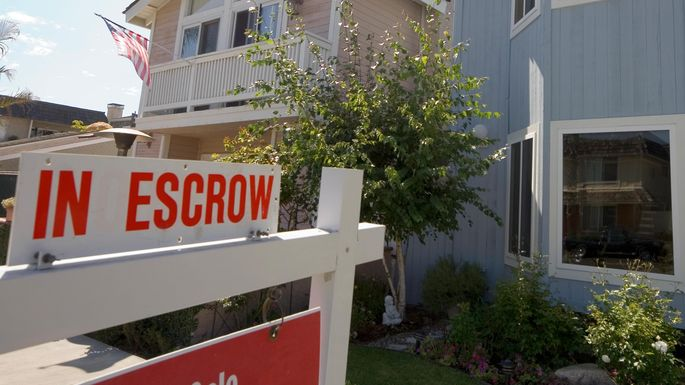 Astounding What Is Escrow How It Keeps Home Buyers And Sellers Safe Realtor Com Wiring Cloud Hisonuggs Outletorg