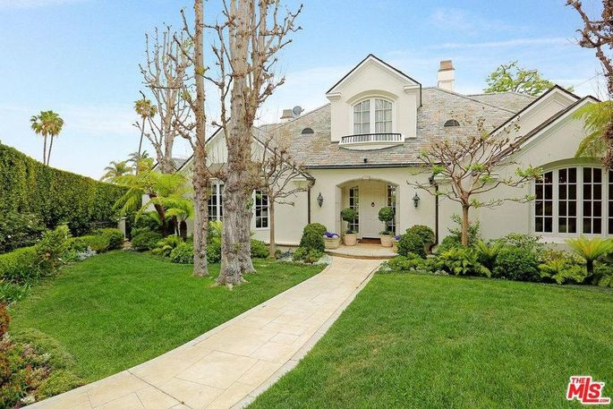 Melissa Rivers' home in Pacific Palisades, CA