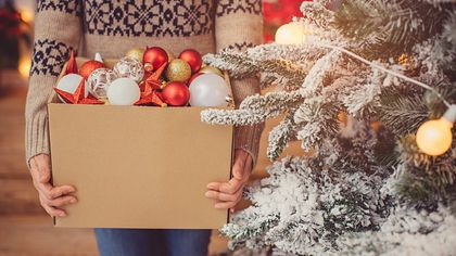 6 Things to Toss During the Holidays: How Many Are You Hanging Onto?