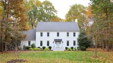 Bloggers of Young House Love Sell Their Renovated Virginia Home in a Flash