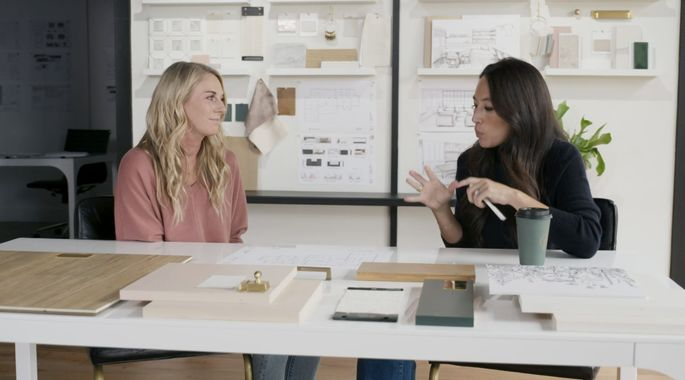Joanna Gaines and Jenny sit down to discuss design.