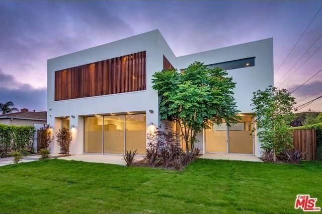 7 Brand-New Multimillion-Dollar Modern Homes | Realtor.Com®