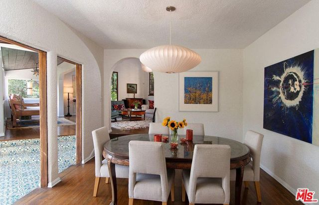 dining room in Heather Graham house in LA