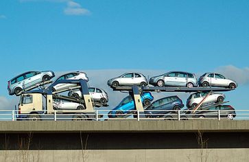 Moving With Automobiles? Take the Bumps Out of Shipping Your Car