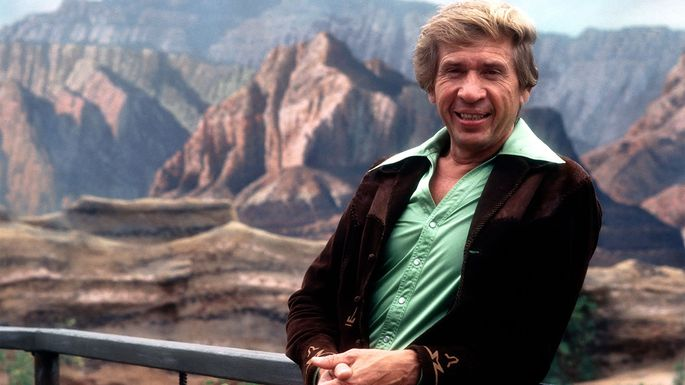 bakersfield home once owned by country legend buck owens for sale