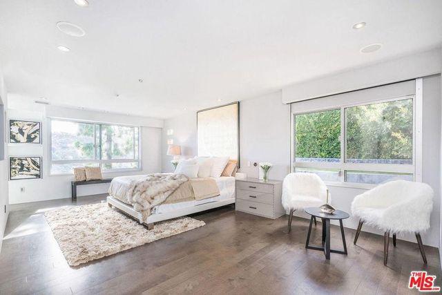 Main bedroom suite in Cassavetes home