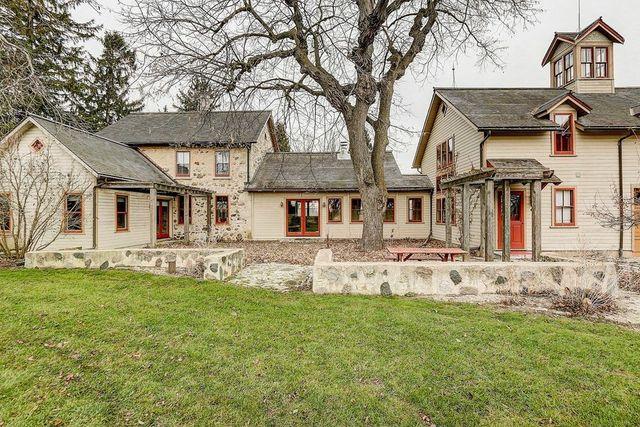 Grafton, WI stone house exterior