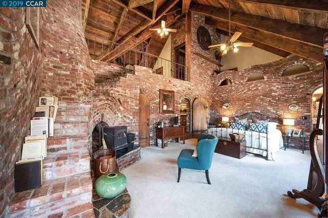 Unleash Your Inner Knight In This Castle In The San