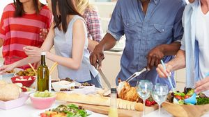 Chow Time! 8 Brilliant Tips for Setting Up an Extra-Efficient Holiday Buffet