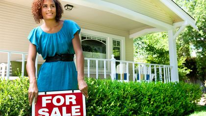 8 Things Real Estate Agents Do to Earn Their Commission