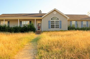 The Drawbacks of Buying a Foreclosed Home at Auction