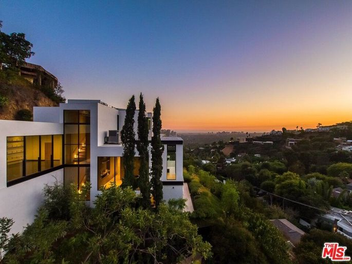 Ariana Grande's new home in the Hollywood Hills