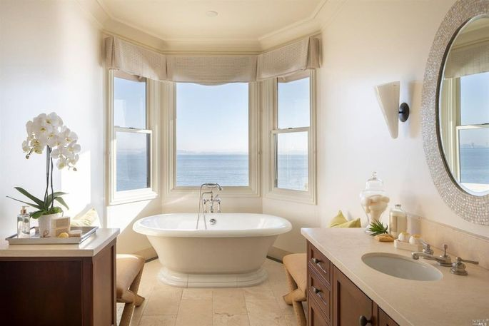 Fantastic views from the tub