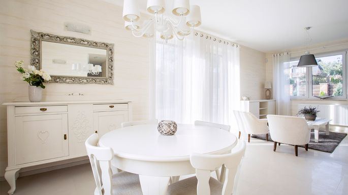 All White Decor 7 tips for creating a glam look with all-white home decor