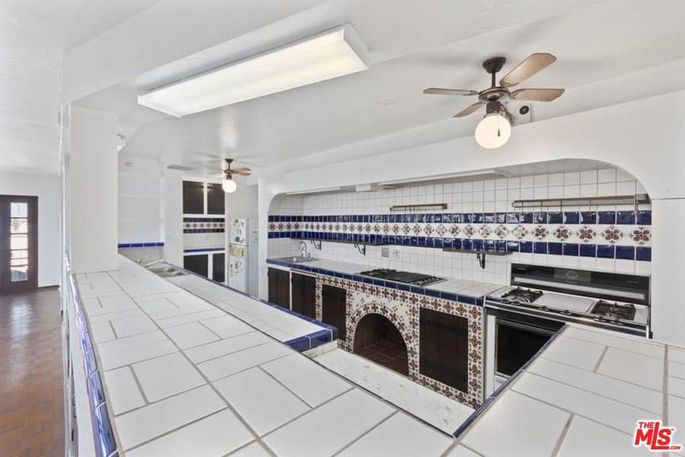 Blue-and-white tiled kitchen