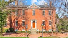 Robert E. Lee's Childhood Home Back on Market With a 34% Price Cut