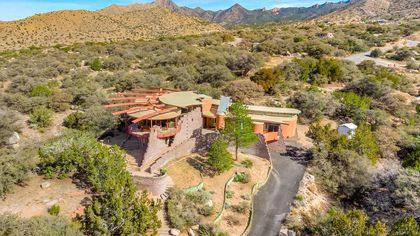 New Mexico Masterpiece Showcases Awesome Views From Albuquerque