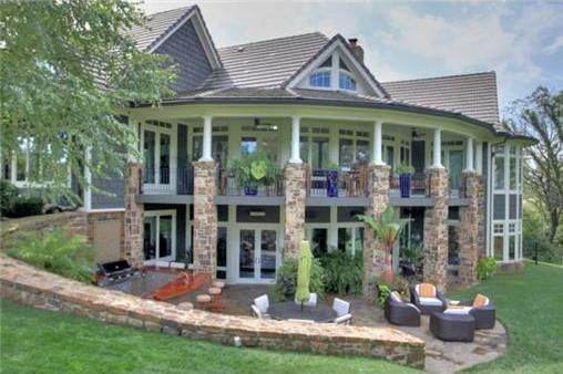 A 9,500-square-foot home in Parkville, MO
