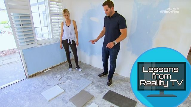 Tarek and Christina Try a New Style on 'Flip or Flop'—See Photos