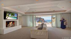 Warren Buffett Slashes Price on Longtime Beach House