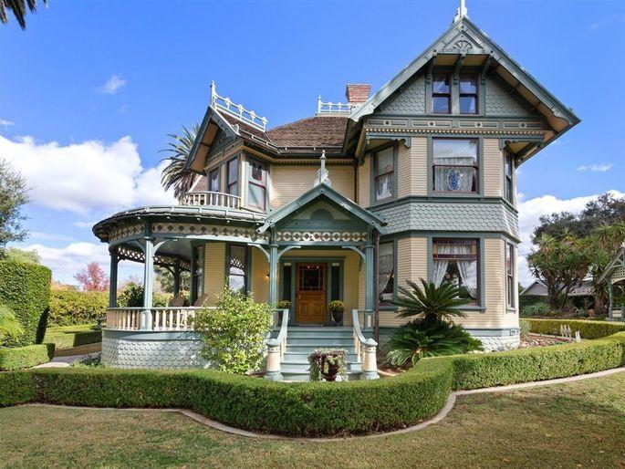Classic Victorian in Escondido, CA