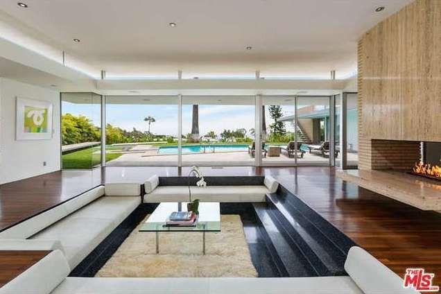 Howard Hughes 39 Former Beverly Hills Residence Still Stylish