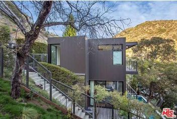 Luxury Prefab by Marmol Radziner in L.A. Is Listed for $2.5M