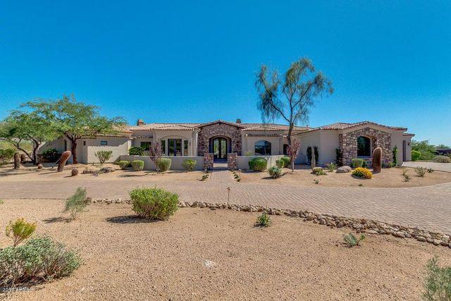 Ranch in Scottsdale, AZ exterior