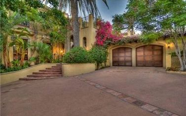 """Cats & Dogs"" Producer Andrew Lazar's West Hollywood Home for Rent (PHOTOS)"