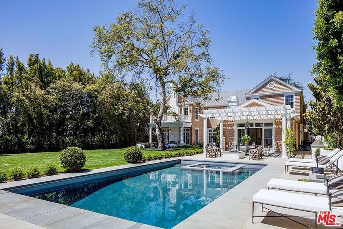 Backyard with pool and spa
