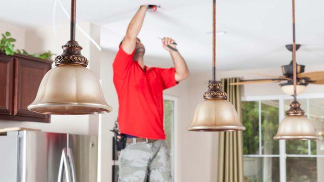 installing-kitchen-lights