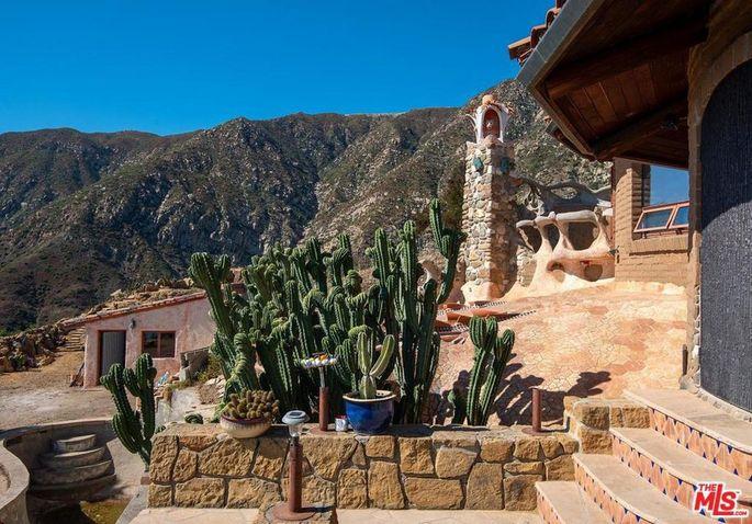 An Antoni Gaudi–inspired house in Montecito CA