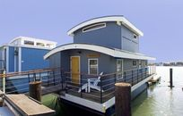I'm On A Boat: Sausalito Houseboat On Market For Under $1 Million (PHOTOS)