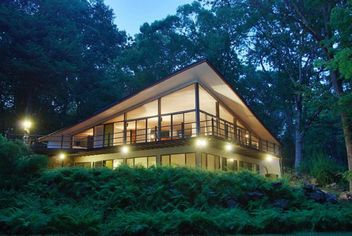Mid-Century Marvel in New Canaan Lists for $2M