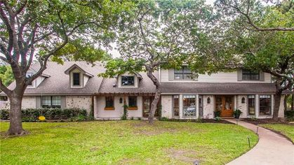 'Prickly Pear House' From 'Fixer Upper' Season 4 Is Listed for $499K