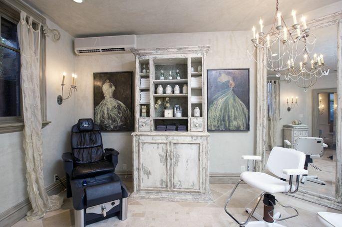 A hair salon in a home in Utah.