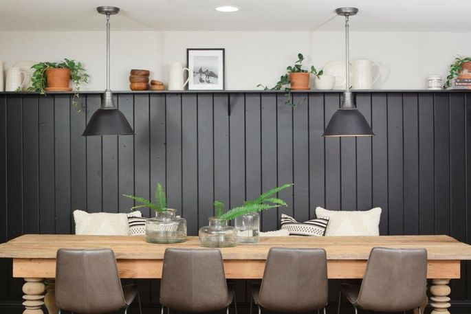 A little black shiplap goes a long way toward adding sophistication.