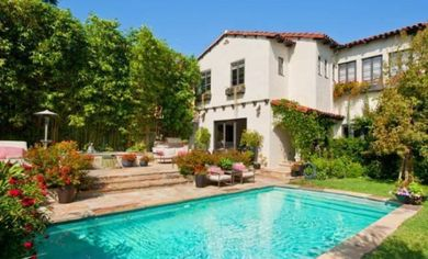 Kate Walsh Re-Lists In Los Angeles